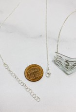 Broken Plates Small Glass Triple V Necklace in