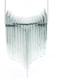 Broken Plates Kinetic Pointy Glass Bib Necklace in