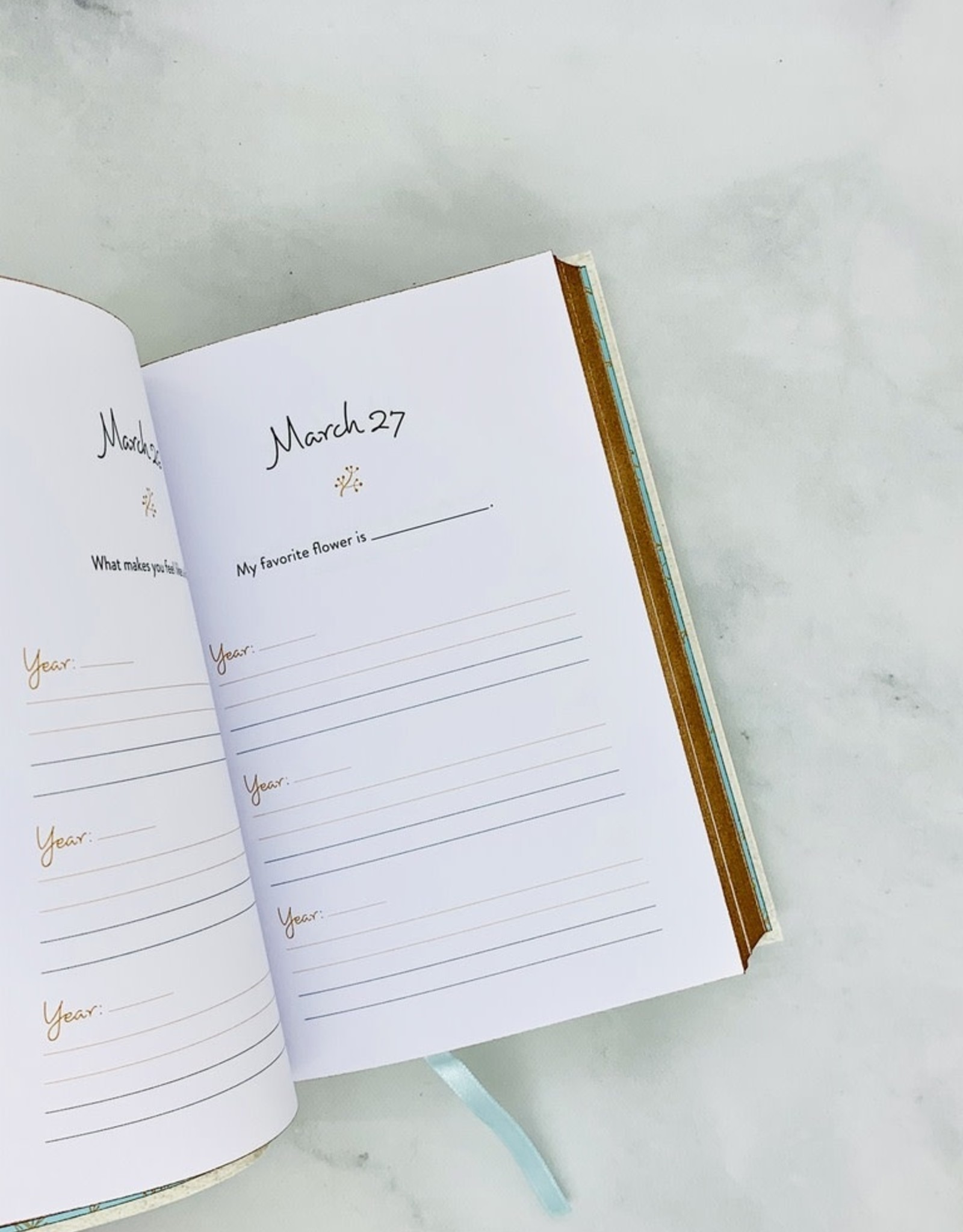 One Question a Day for You & Me A Three Year Journal for Couples
