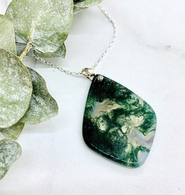Handmade Silver Necklace with moss agate