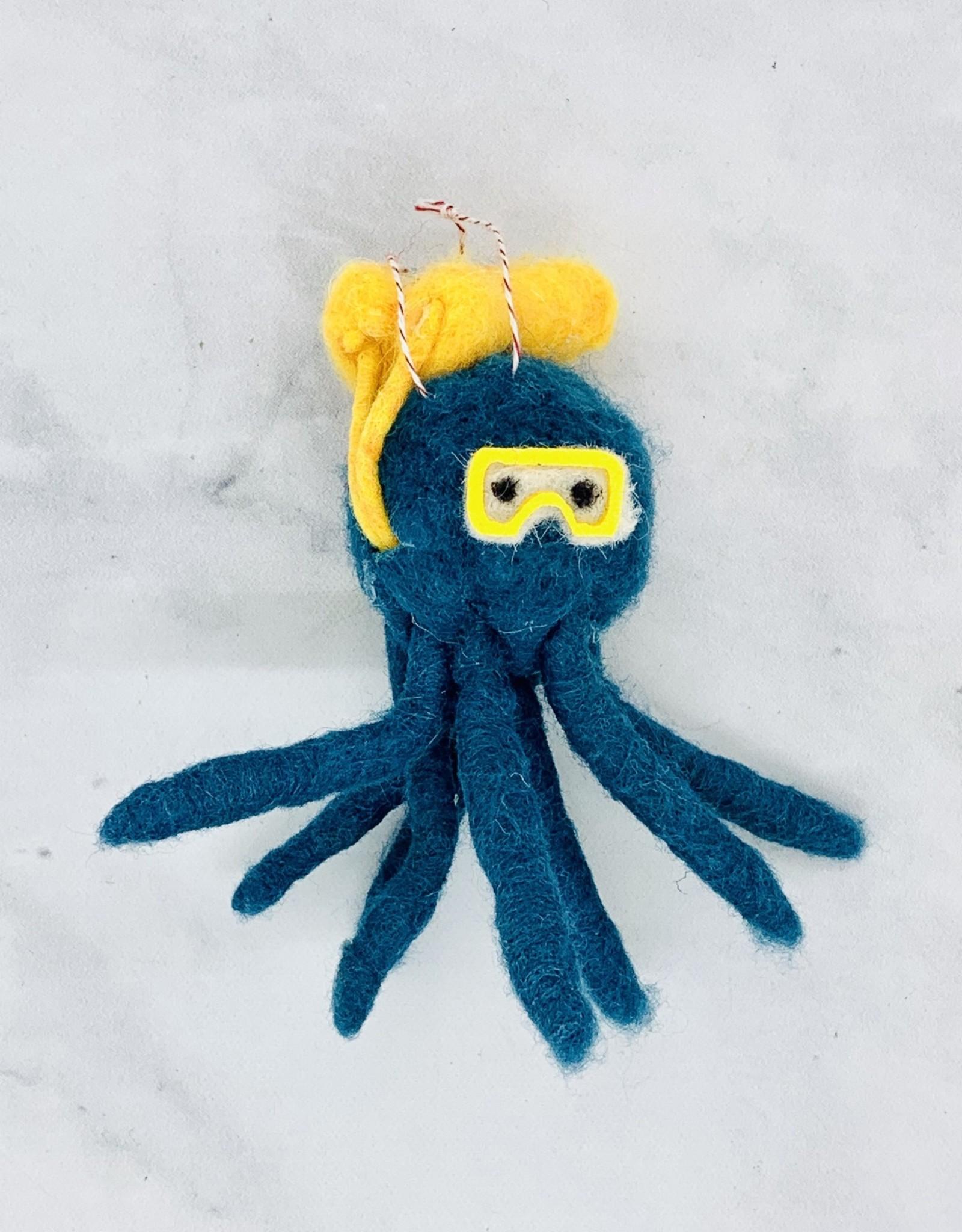 Homart Octopus Scuba Ornament