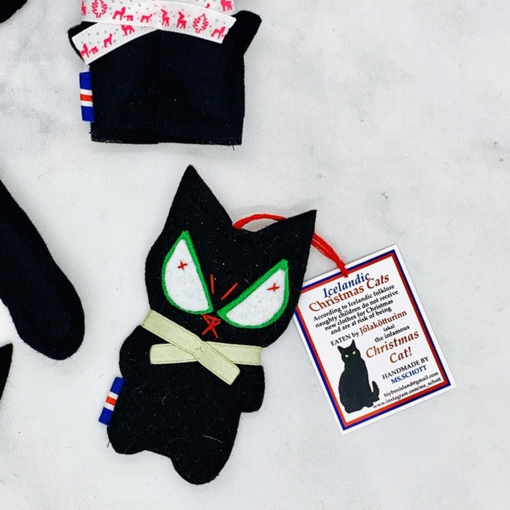 Jólakötturinn (aka The Christmas Cat) Items
