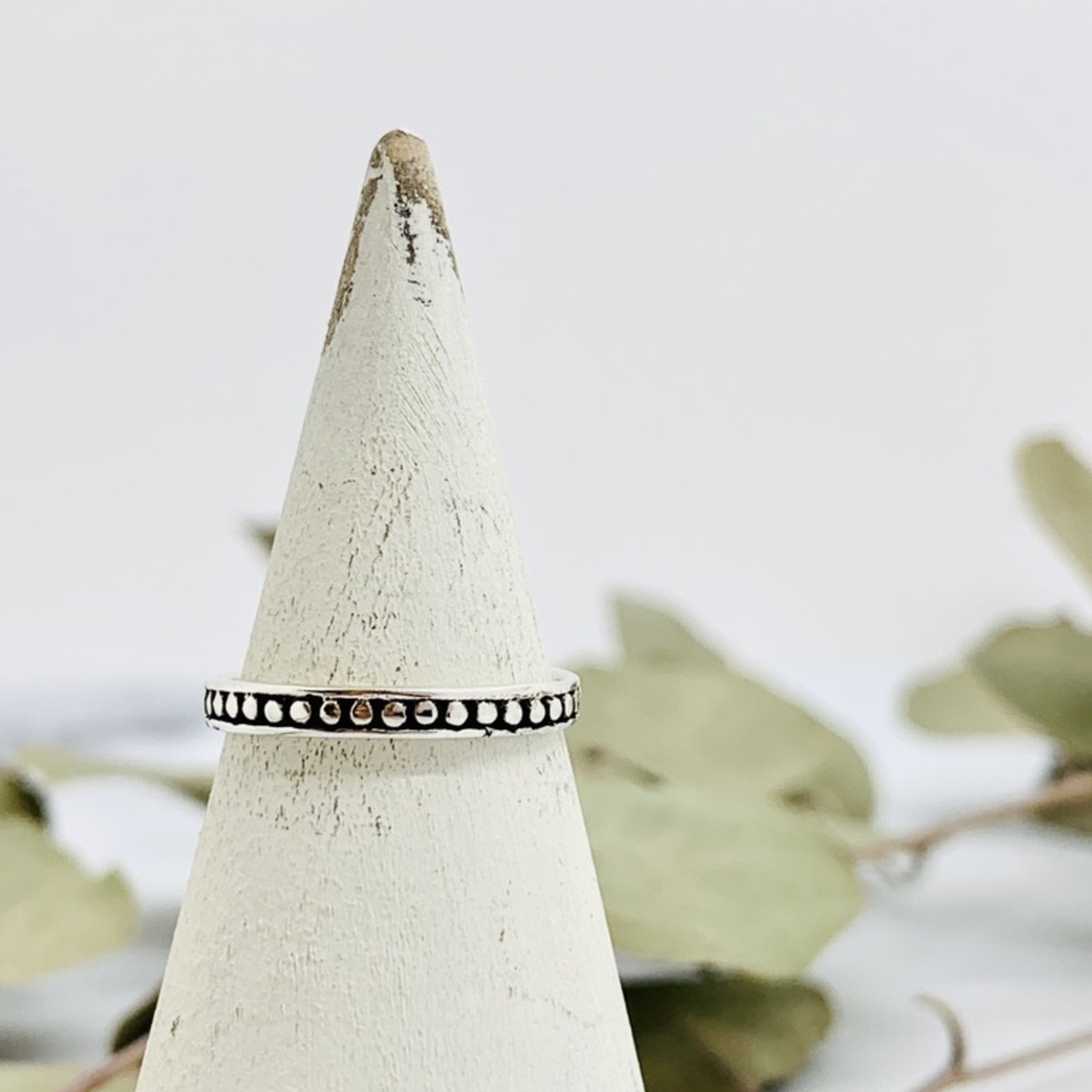 Thin 360 Dot Ring