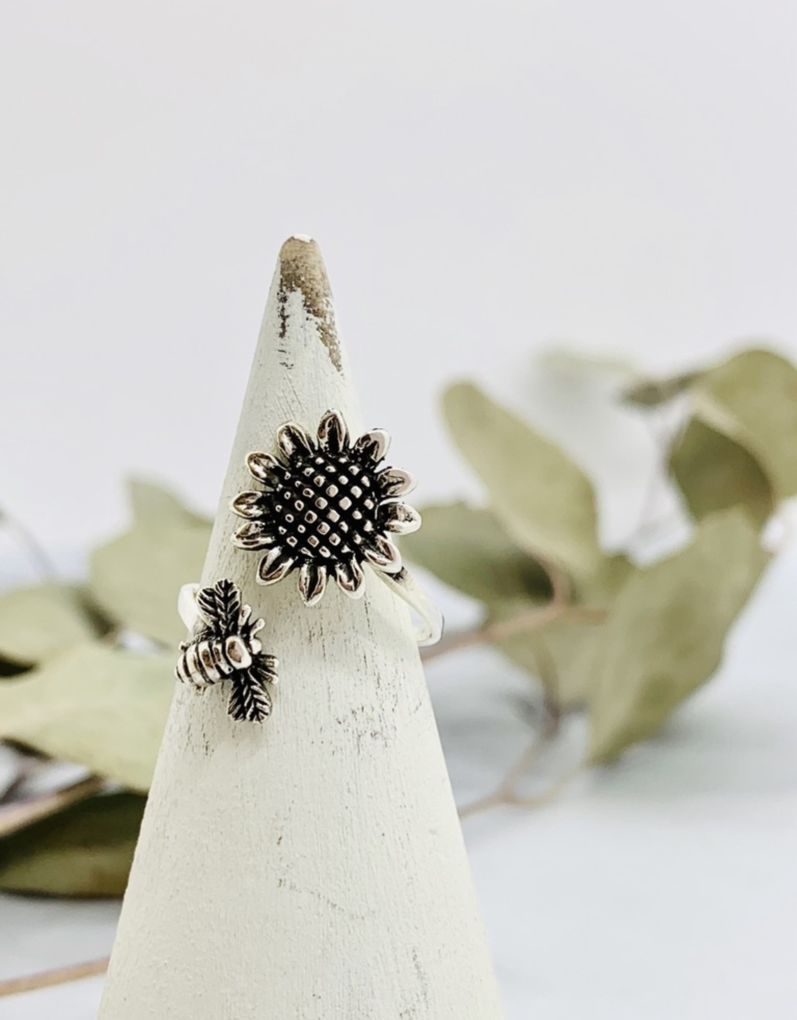 Sterling Silver Sunflower and Bee Ring