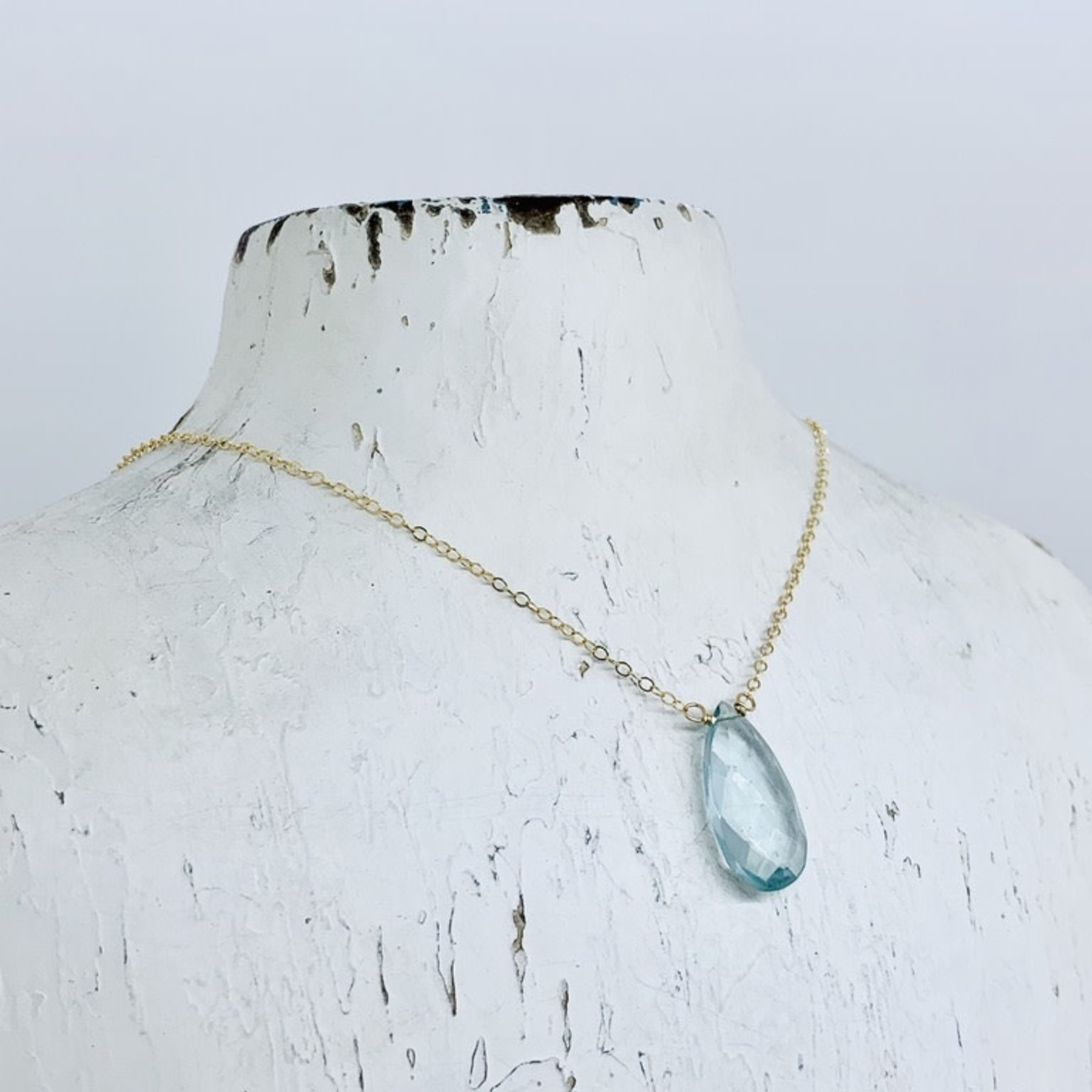 Locally Handmade Simple Gemstone Necklace 14k Goldfill Moss Aquamarine