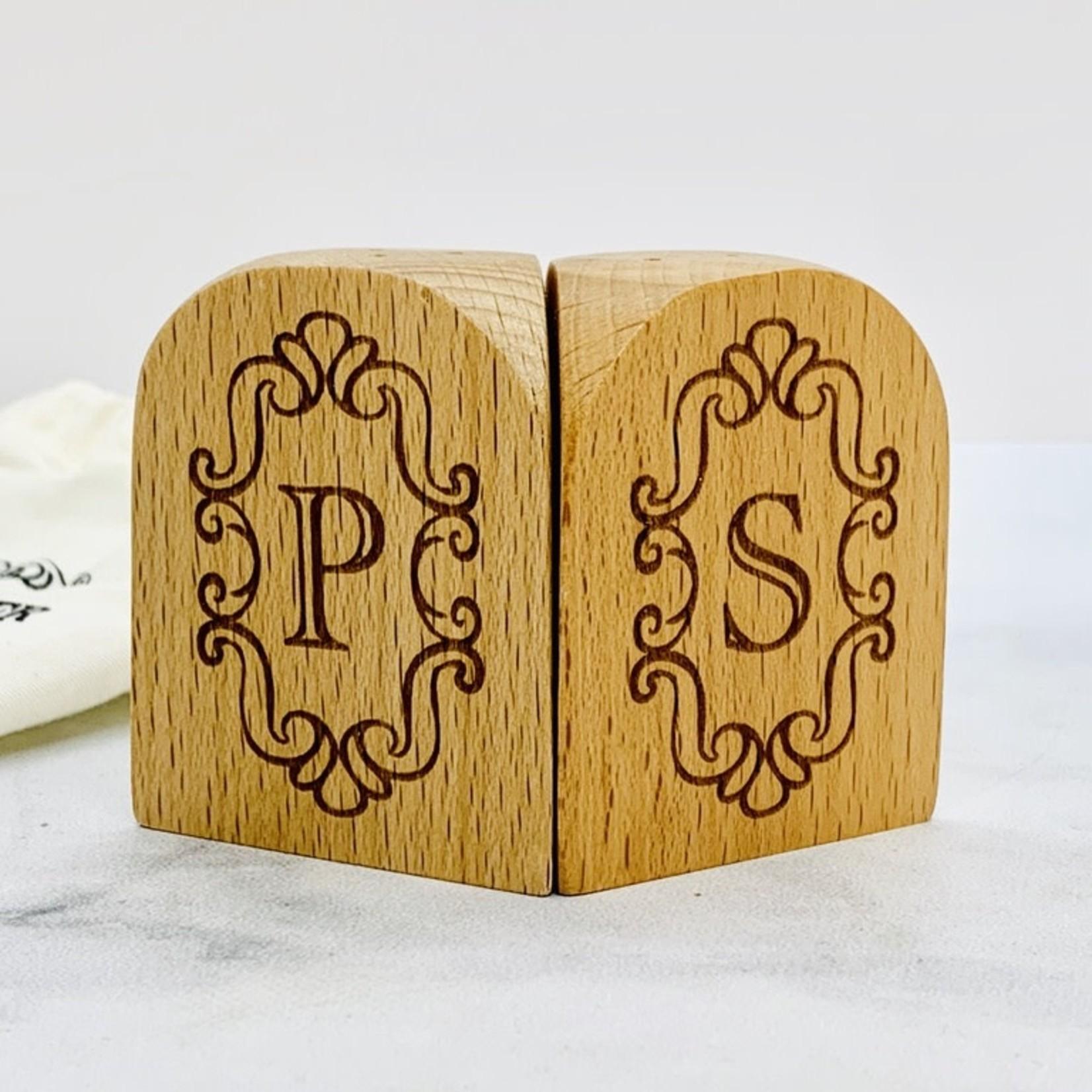 Classic Wood Salt and Pepper Shaker