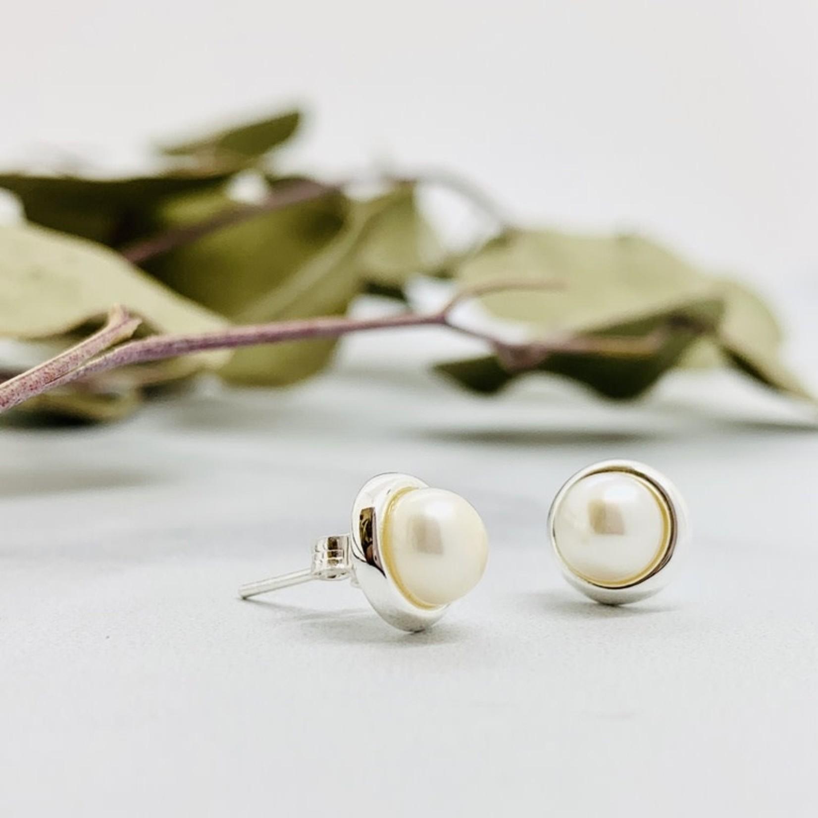FW Pearl 6mm Button Stud Earrings