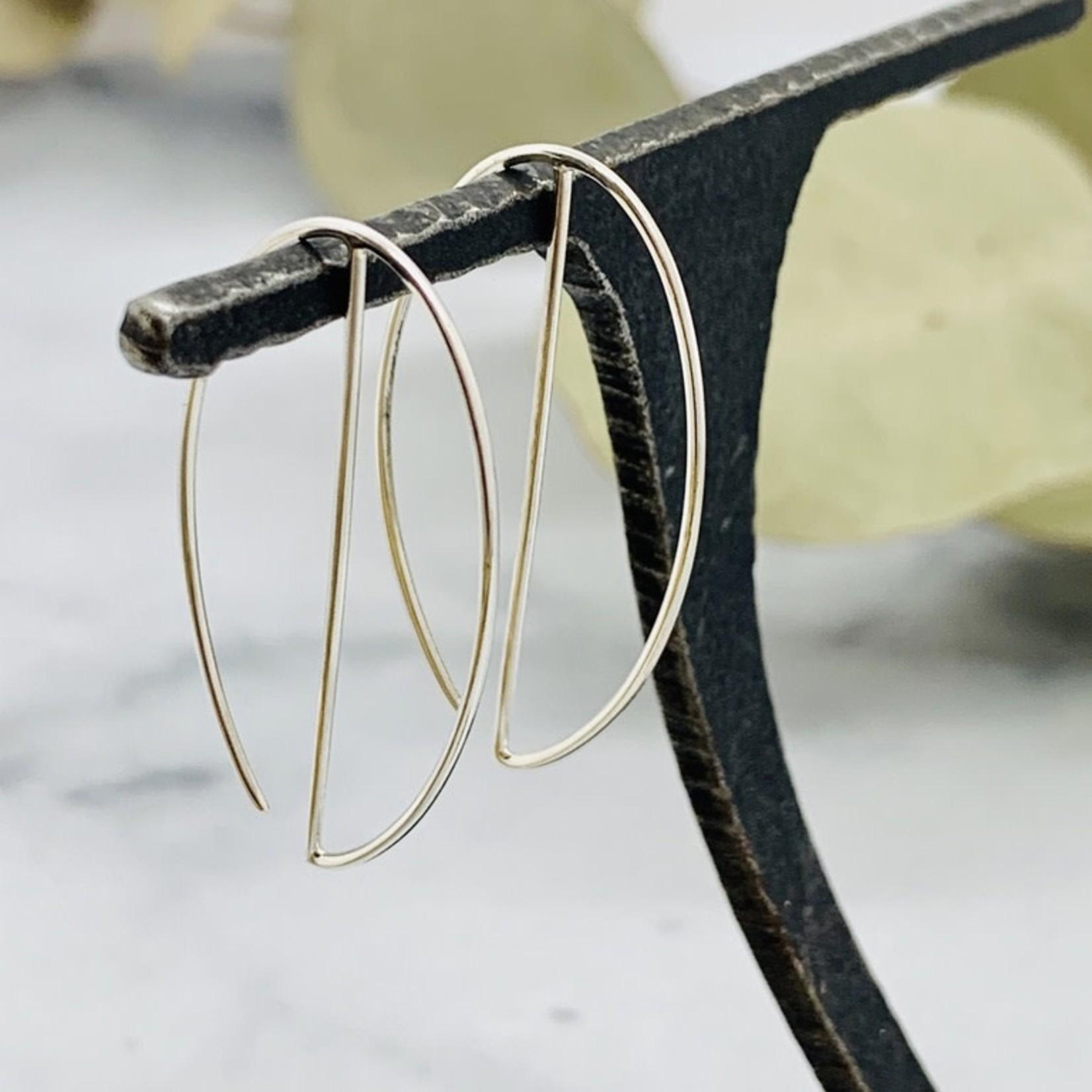 Nina Designs Hoop Earrings w.Vertical Line, 35x20mm