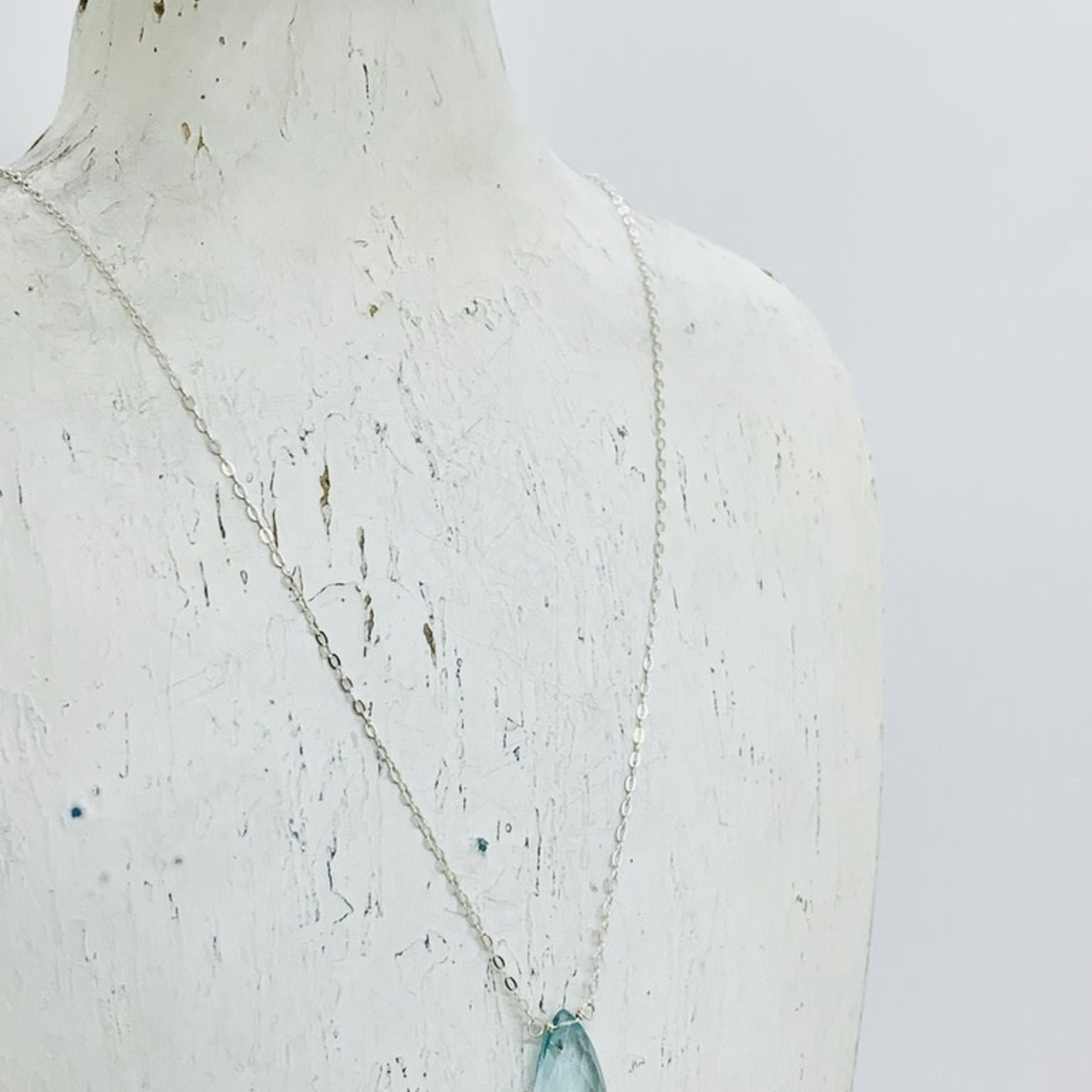 Locally Handmade Moss Aquamarine and Sterling Silver Simple Gemstone Necklace