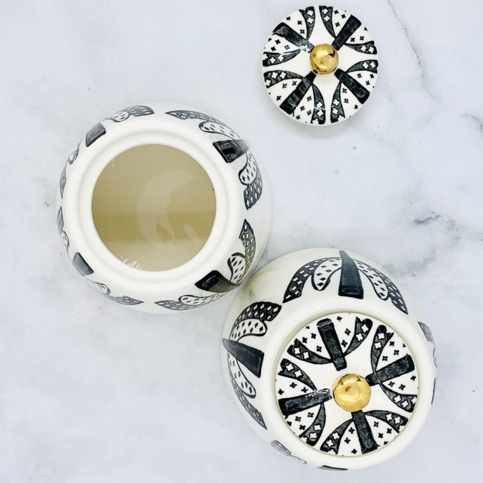 """4-1/4"""" Round x 3-3/4""""H Stoneware Sugar Bowl w/ Lid, Pattern & Gold Electroplating, Black & White"""