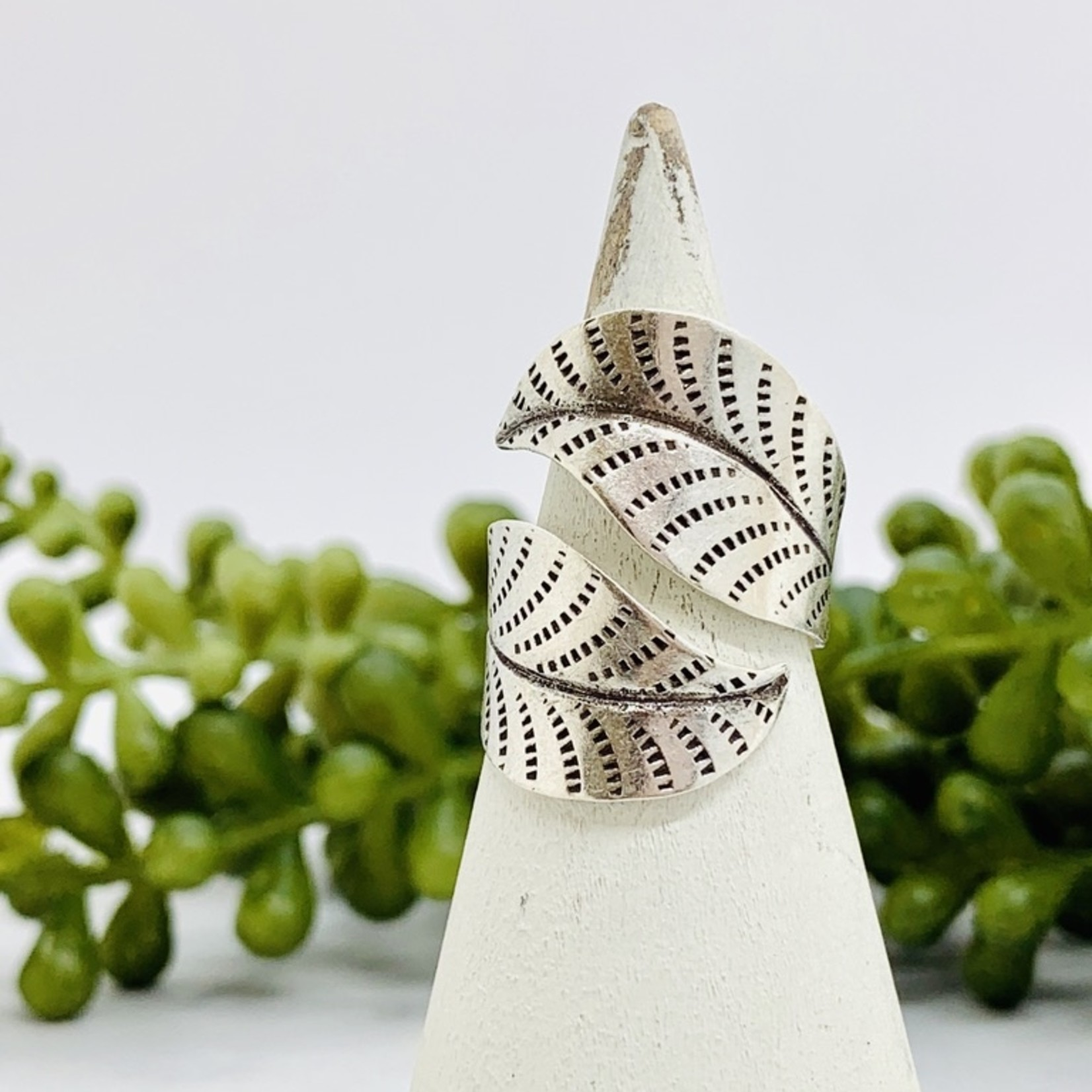 Anantara Silver Two Leaves Ring
