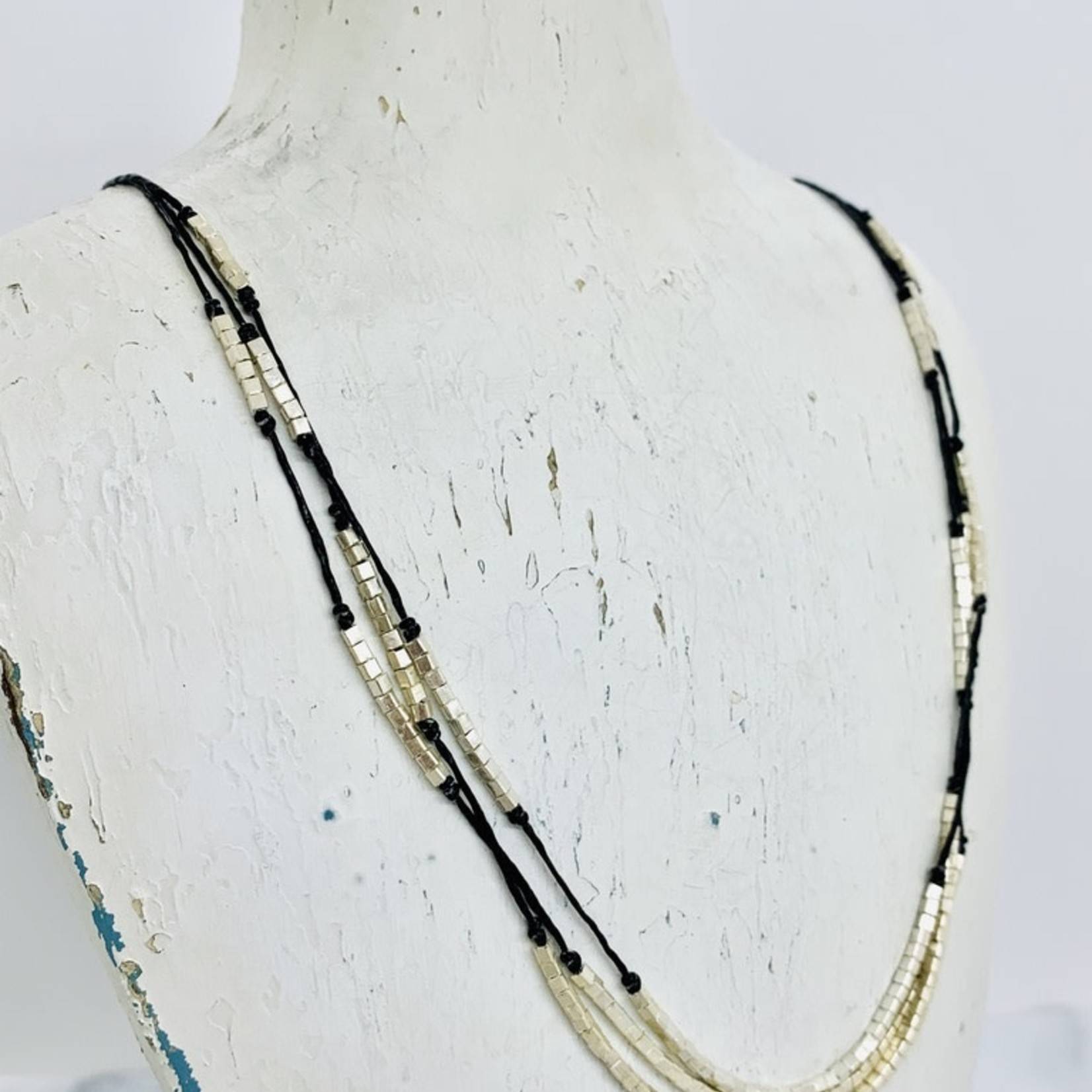 Anantara Shimmering Layers Necklace, Silver & Linen, 32""