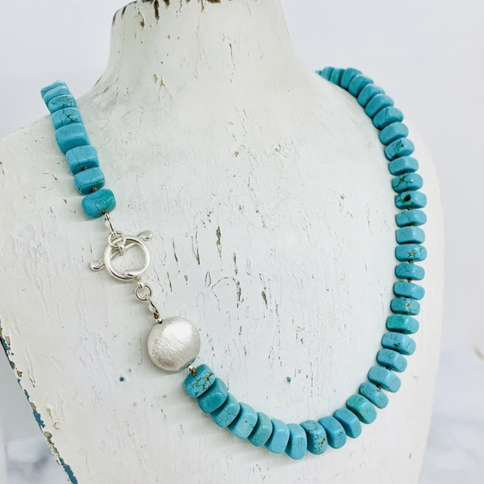 Handmade necklace with square turquoise, 1 brushed coin knotted on natural silk, toggle