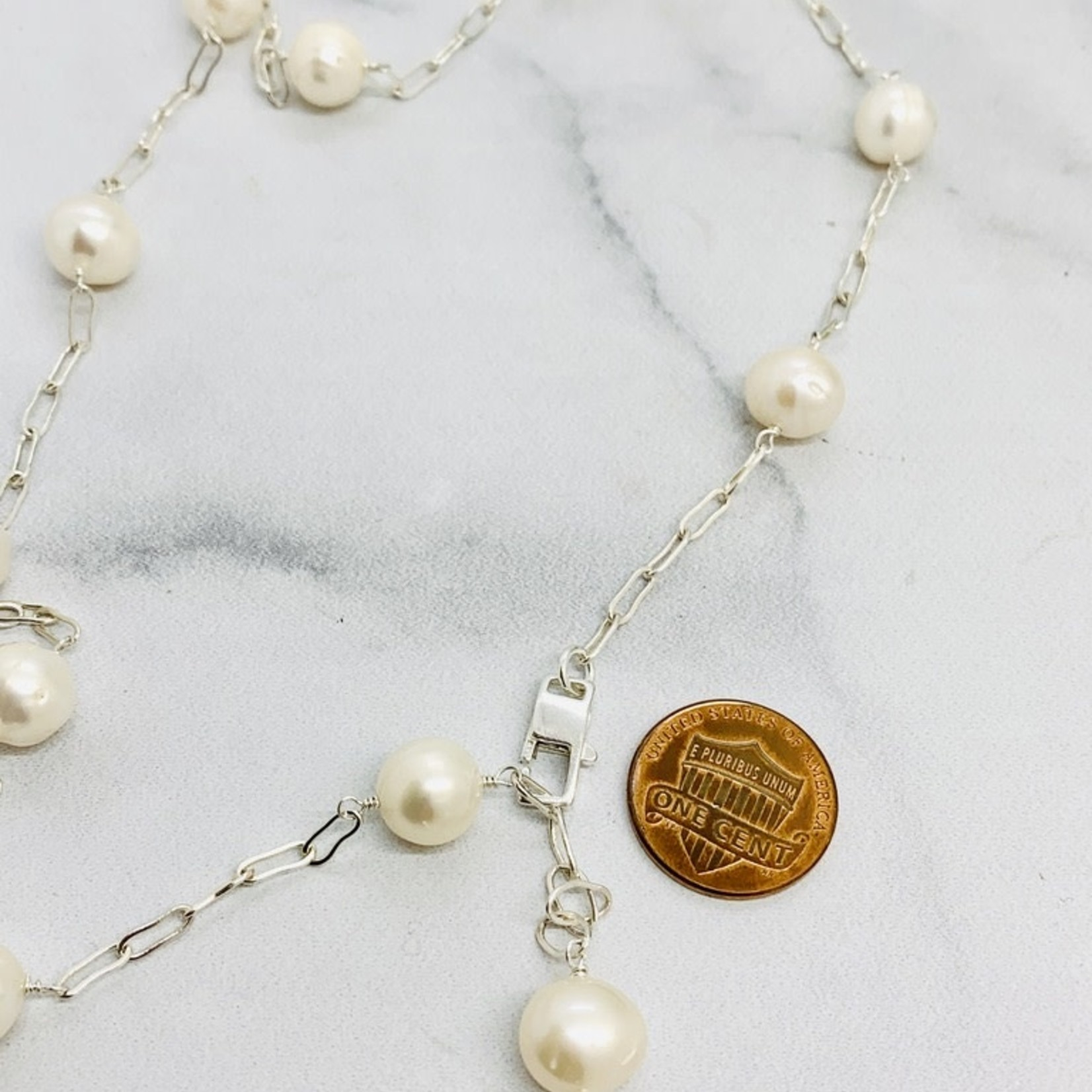 Handmade necklace with large white pearls, paperclip chain