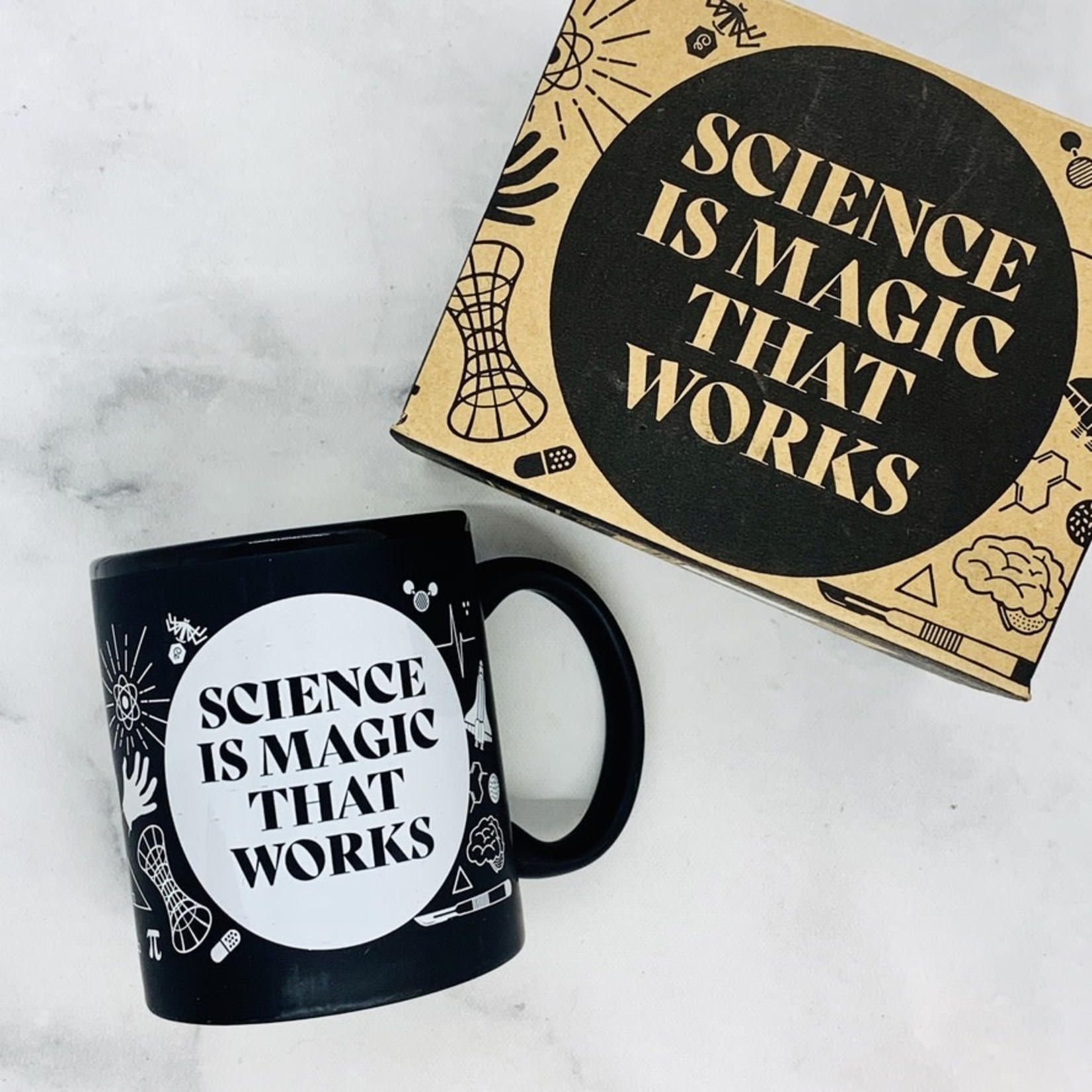 Cognitive Surplus Science is Magic That Works Mug