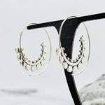 Baizaar Sterling silver spotted spiral earring