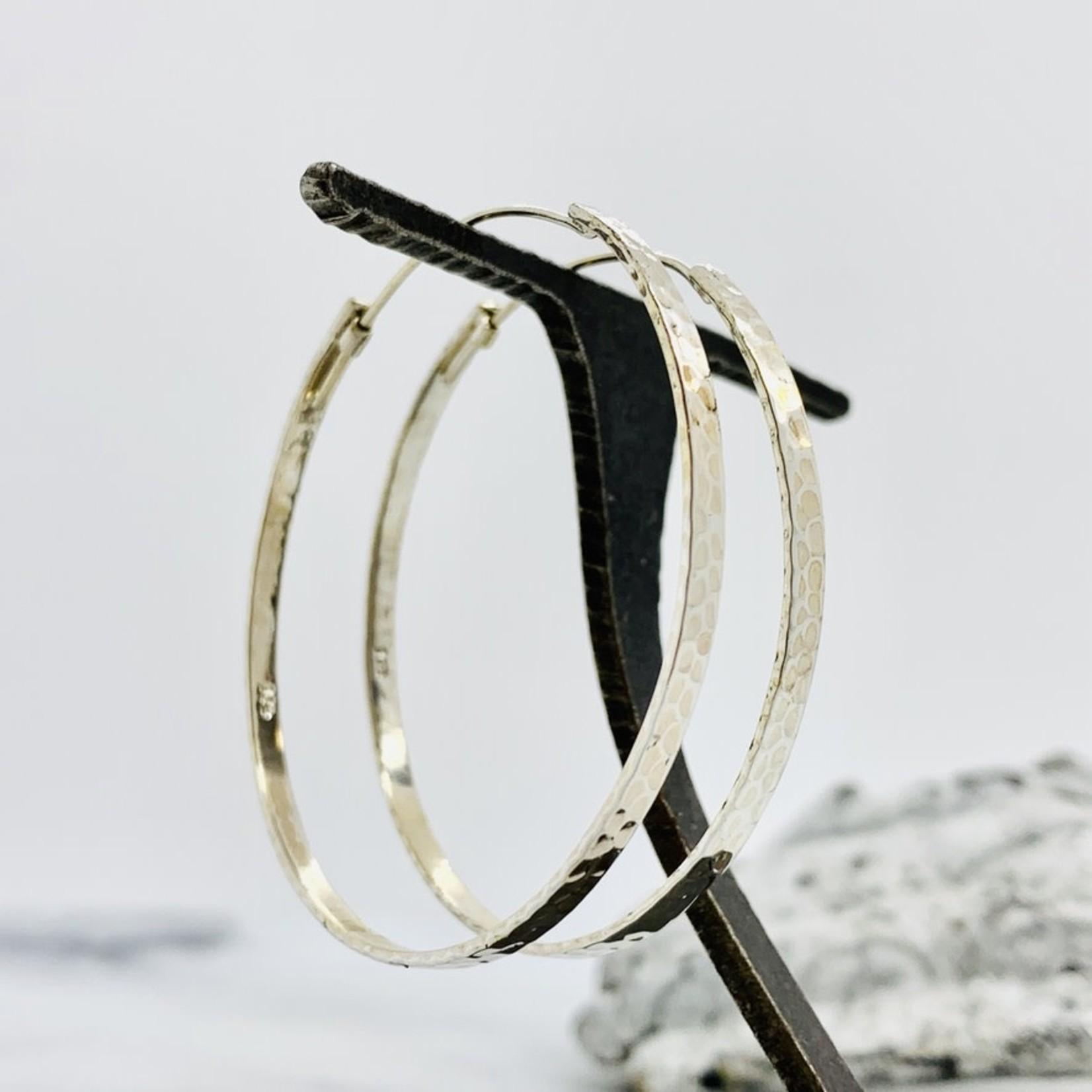 Baizaar Sterling silver hammered hoop earring