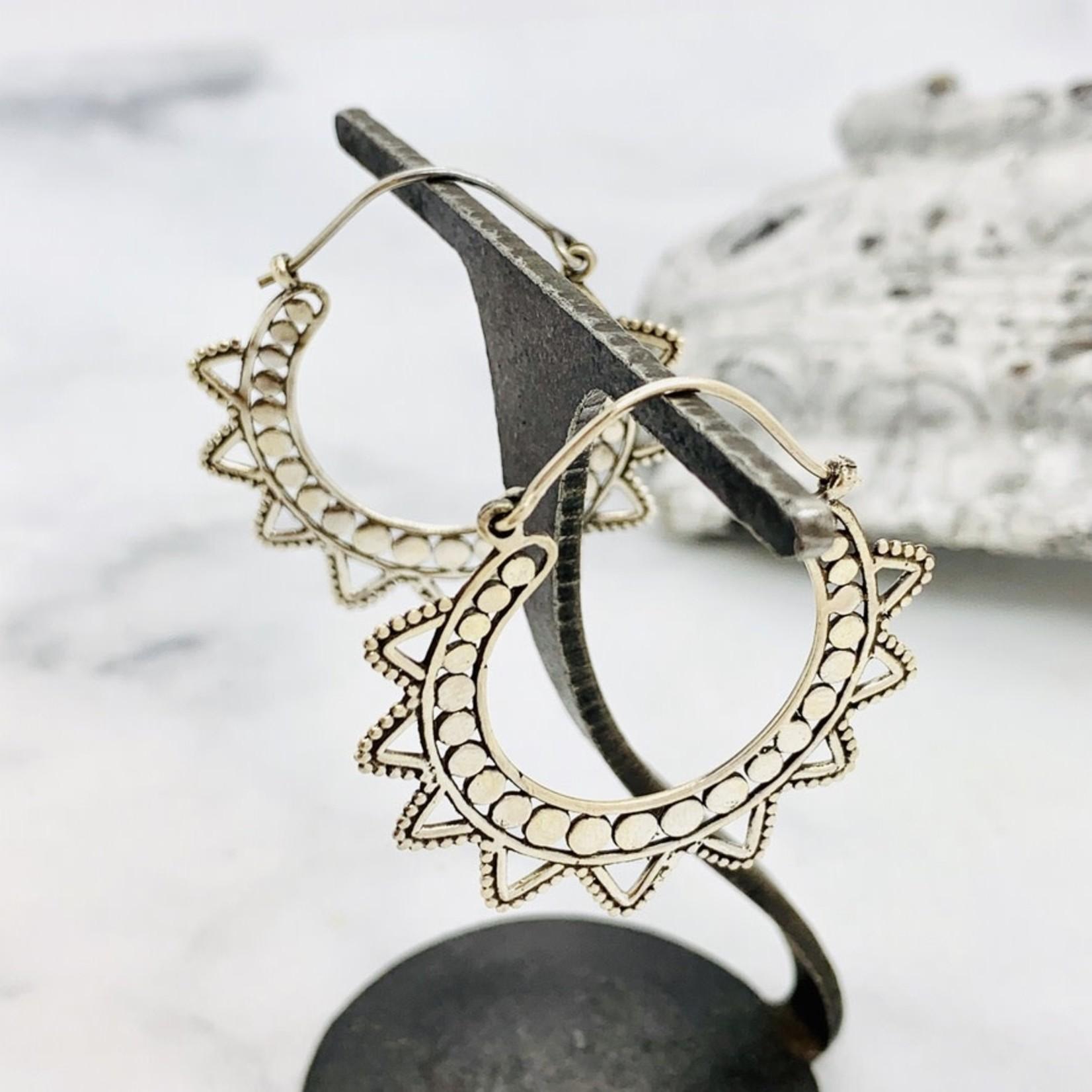 Baizaar Sterling silver starburst hoop earring
