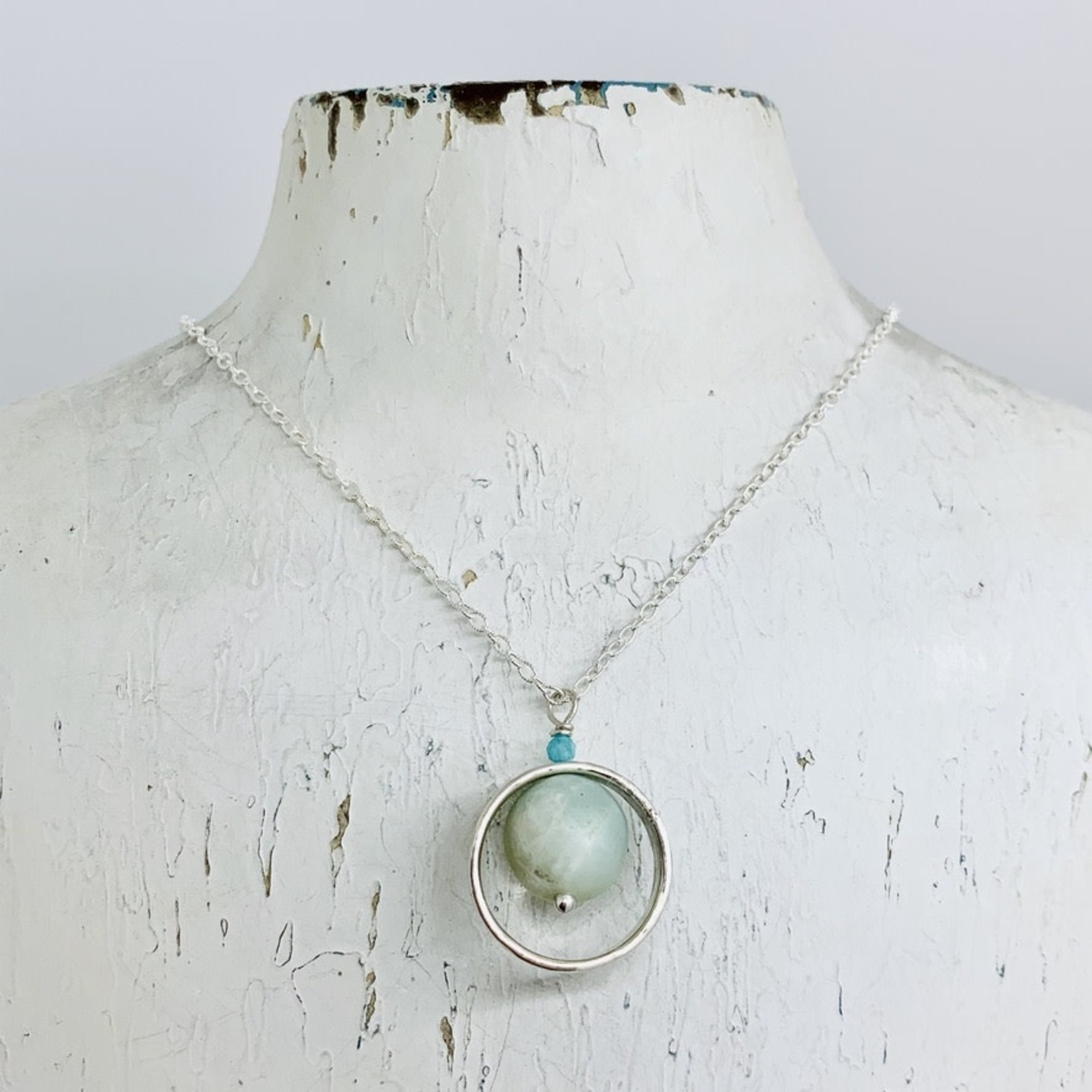 Handmade necklace with hammered ring, round matte amazonite
