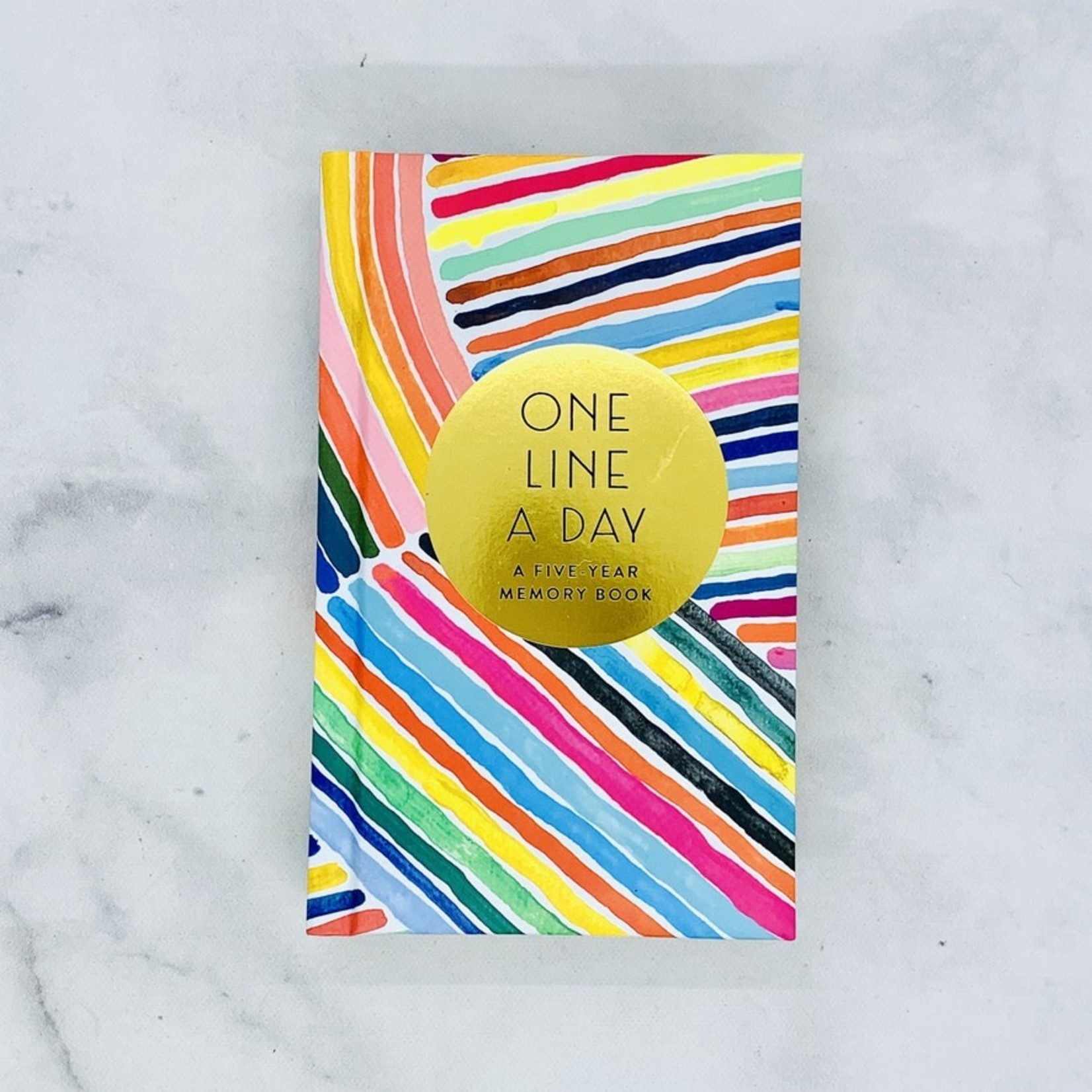 Rainbow One Line a Day A Five Year Memory Book