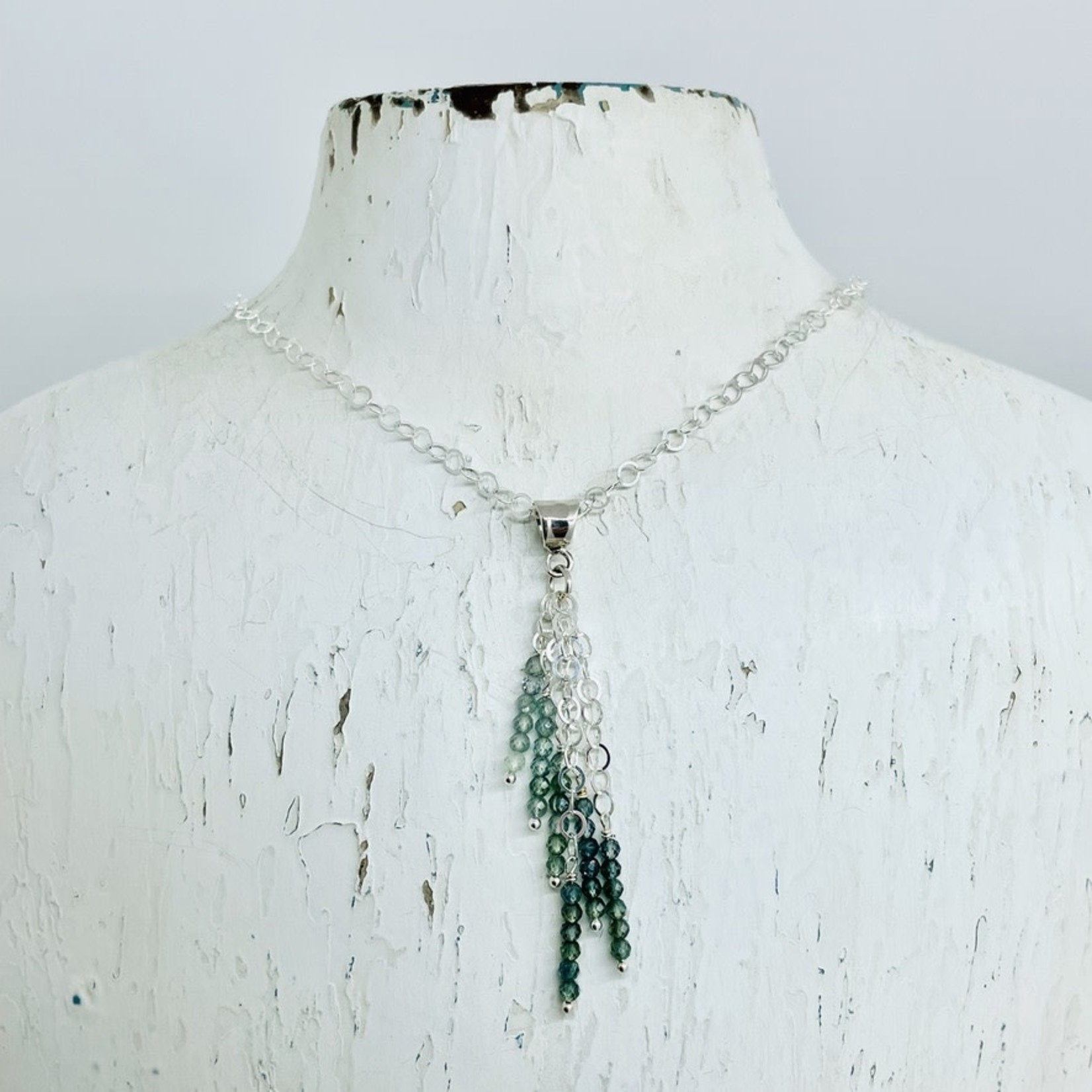 EVANKNOX Handmade Necklace with 6 groups 5 each green sapphires on hammered bail
