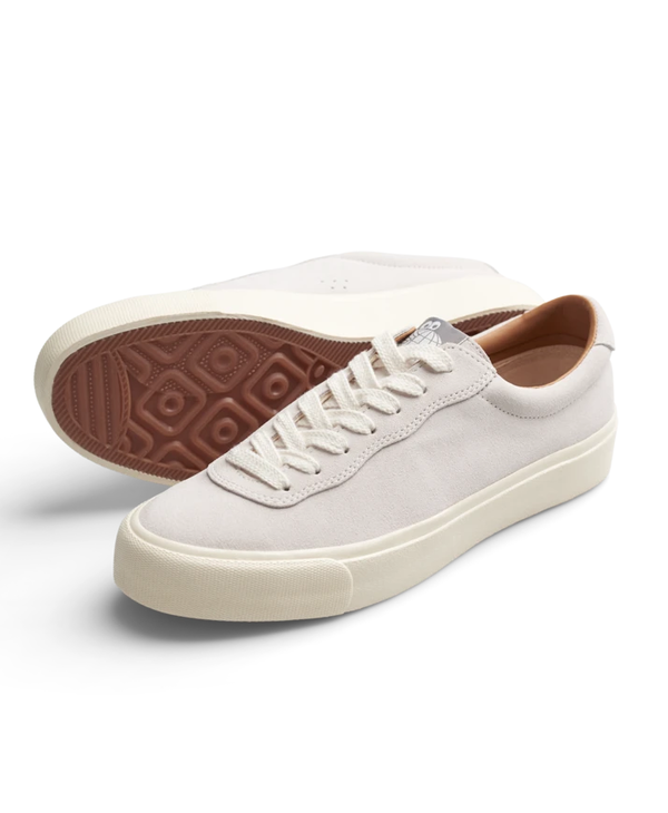 VM001 LO Suede - White/White