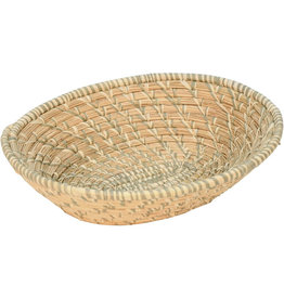 Uganda Crafts 2000 Ltd. Sage Spiral Raffia Basket