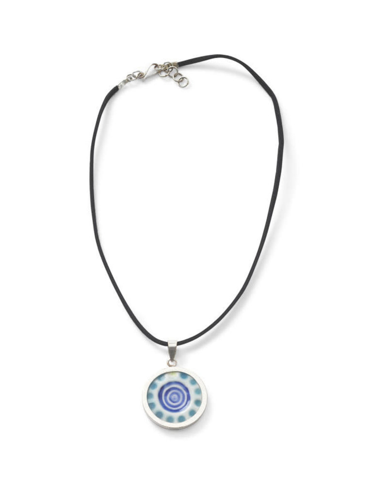 Craft Link Into The Blue Necklace