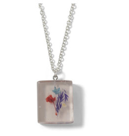 Sapia Square Necklace with Dried Flowers