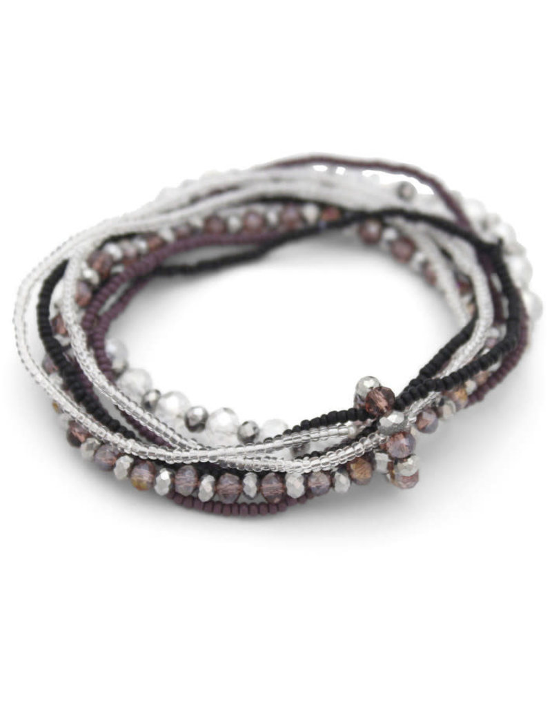 Sasha Association for Crafts Producers Stretchy Beaded Bracelet