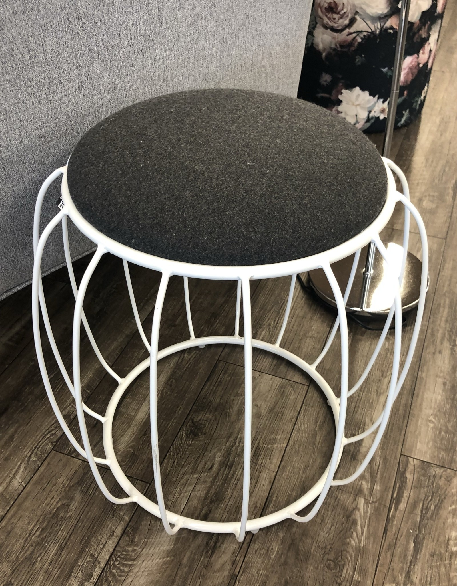 Style In Form SIF Dexter Ottoman White Metal*