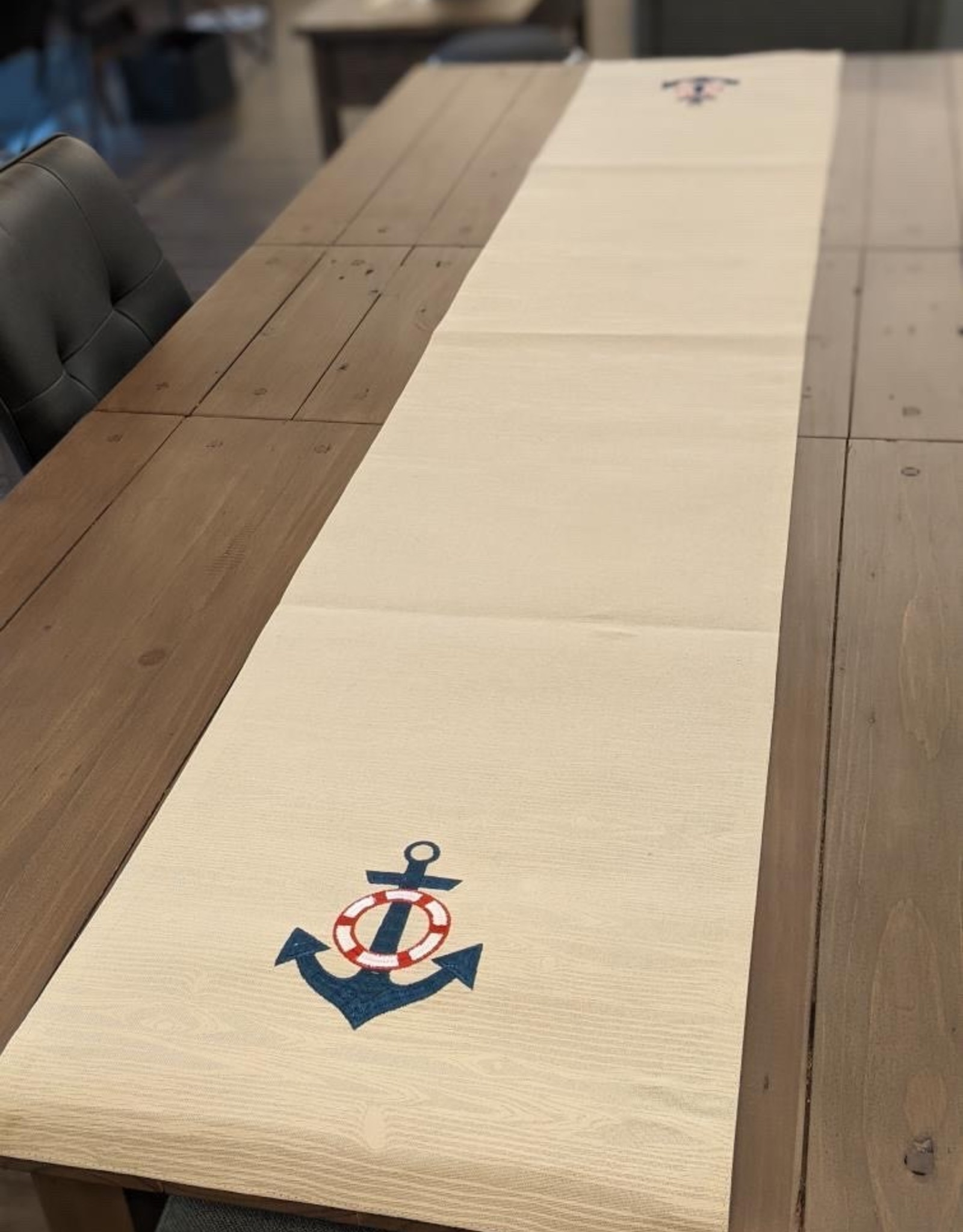Table Runner Anchor