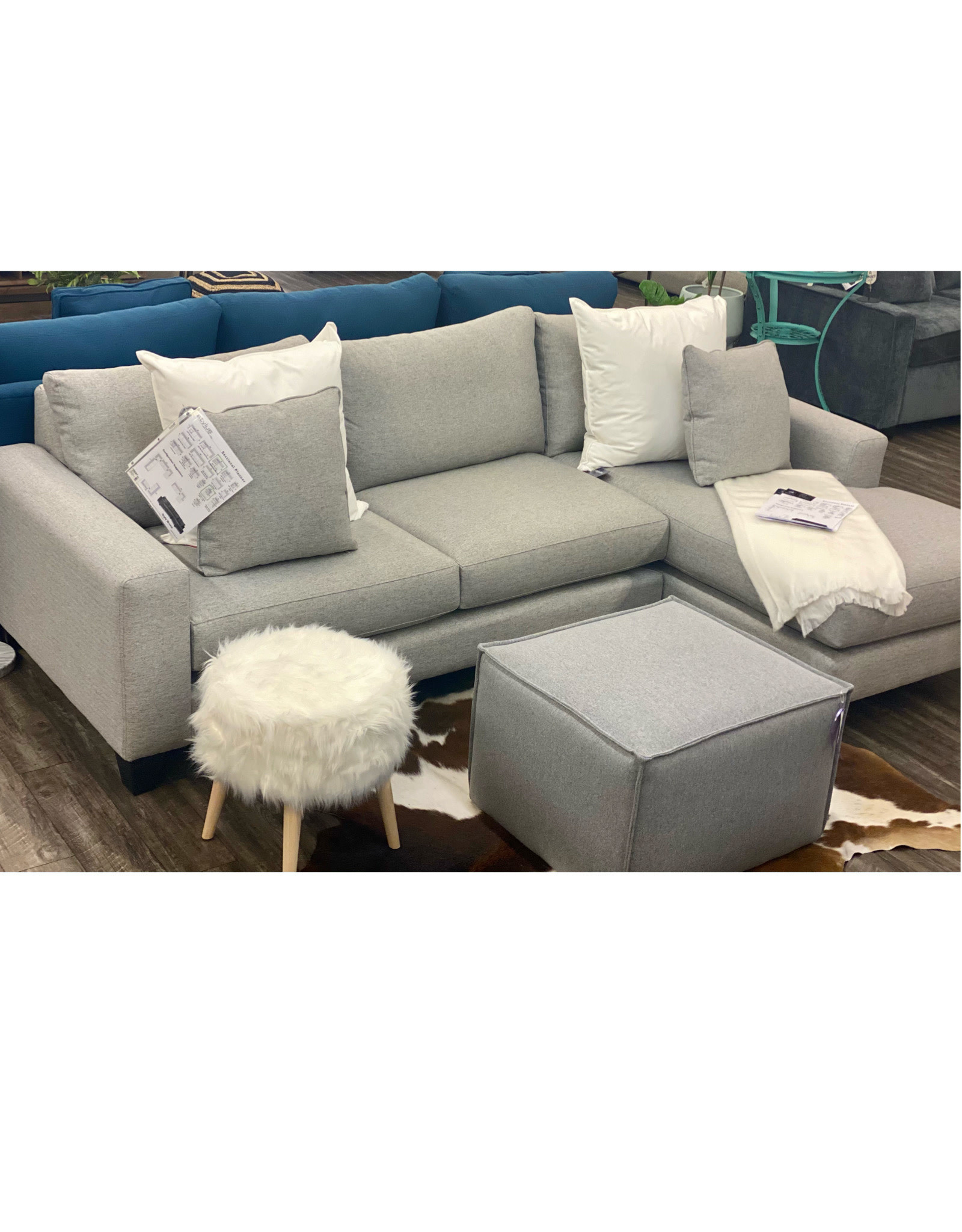 Stylus New York Sectional Prime Silver (15)