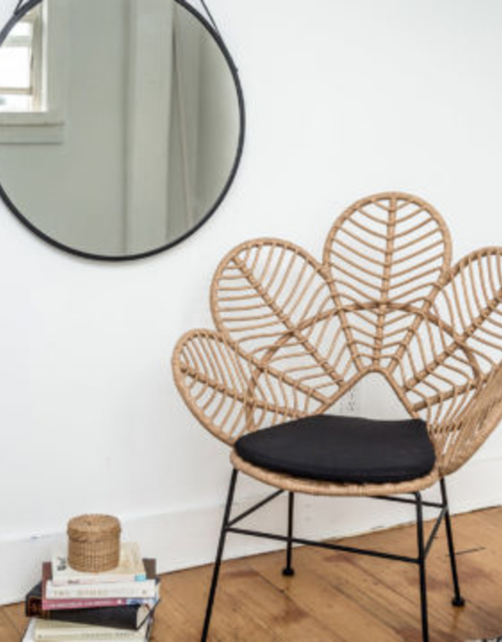 Style In Form SIF Calabria Lotus Accent Chair CAL-016