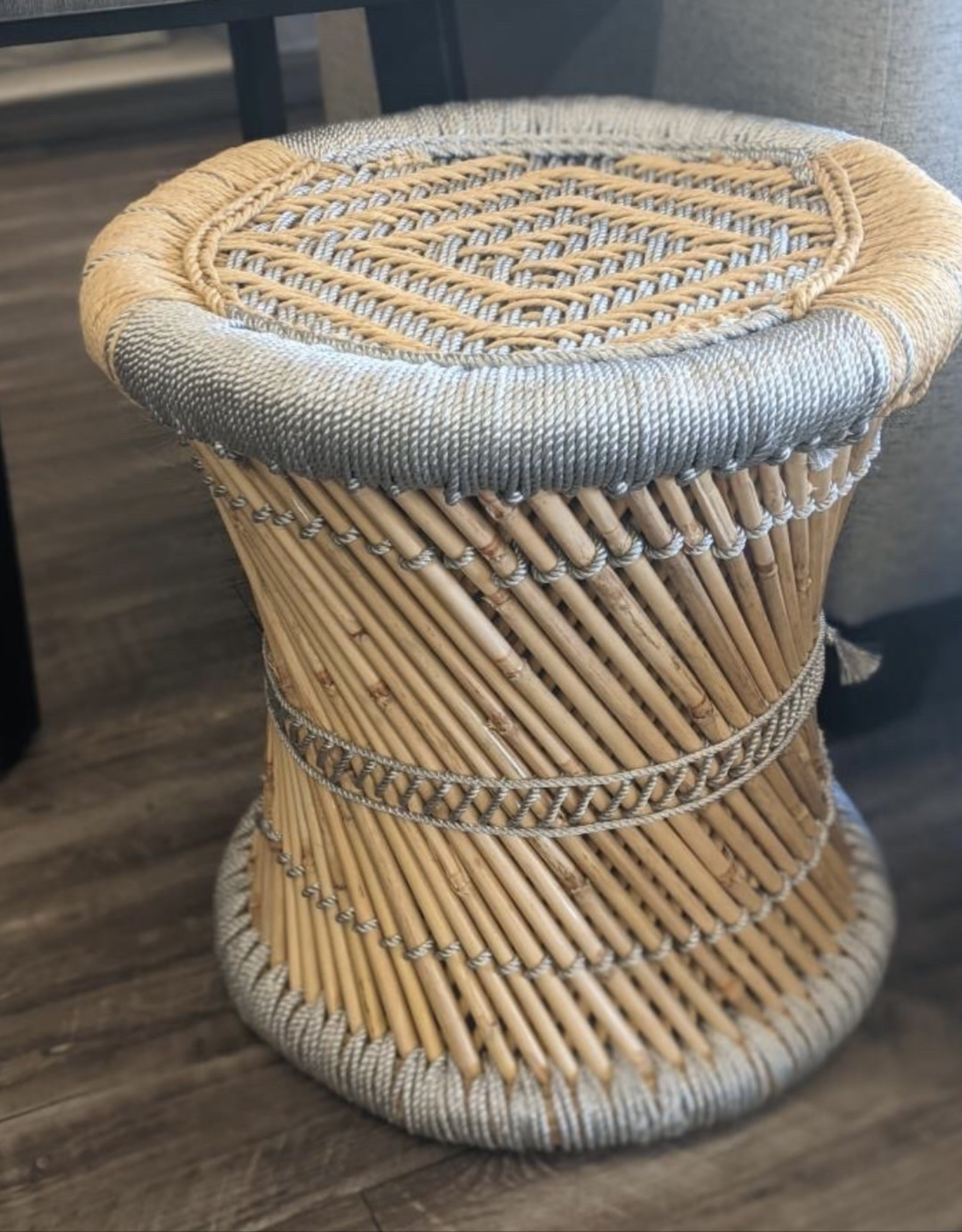 Stool RichCasa Twisted Seat Silver Two Tone