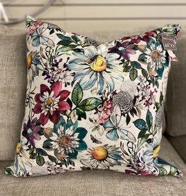 Cushions 95&Co. Aqua Daisey