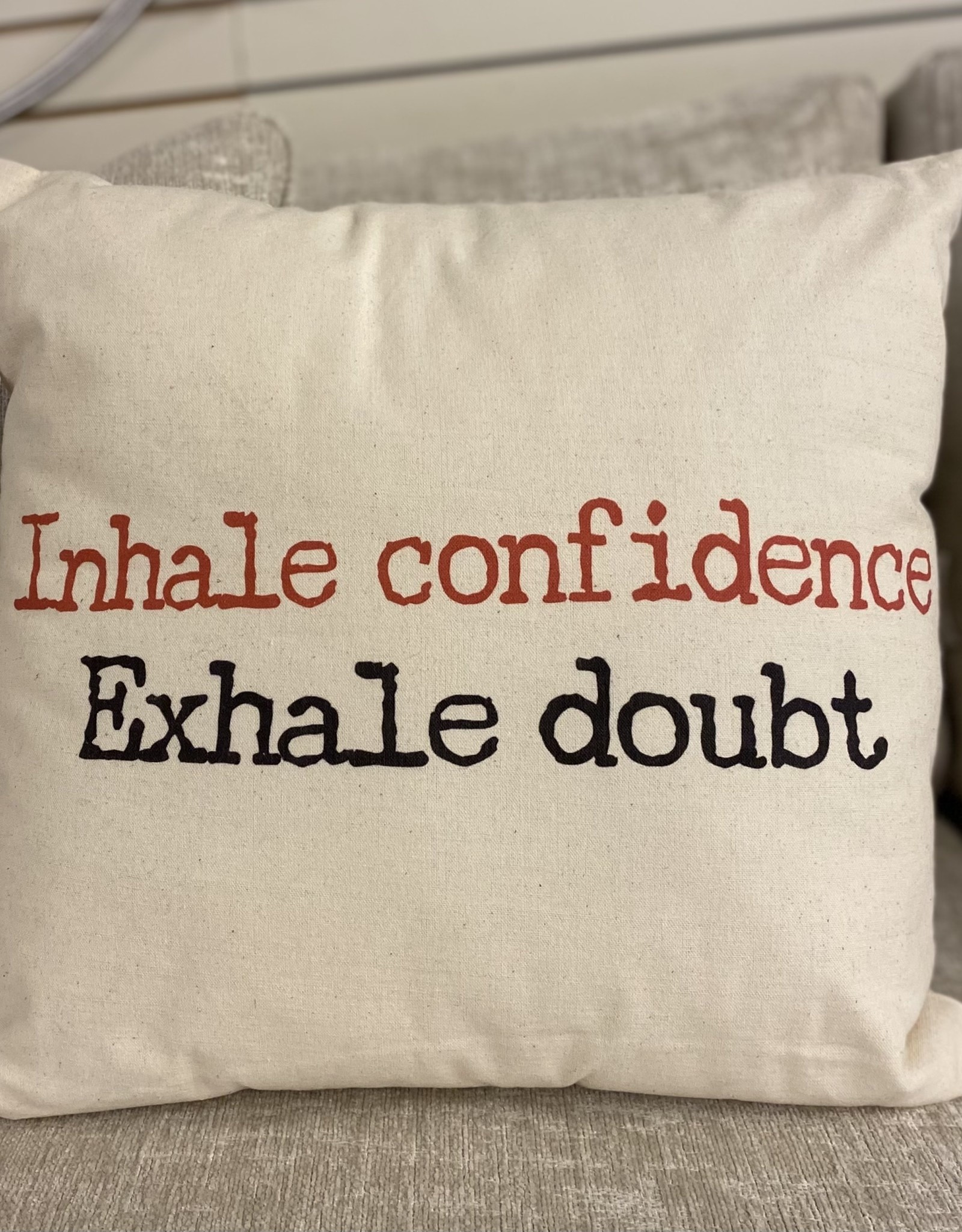 Cushions CJ Inhale