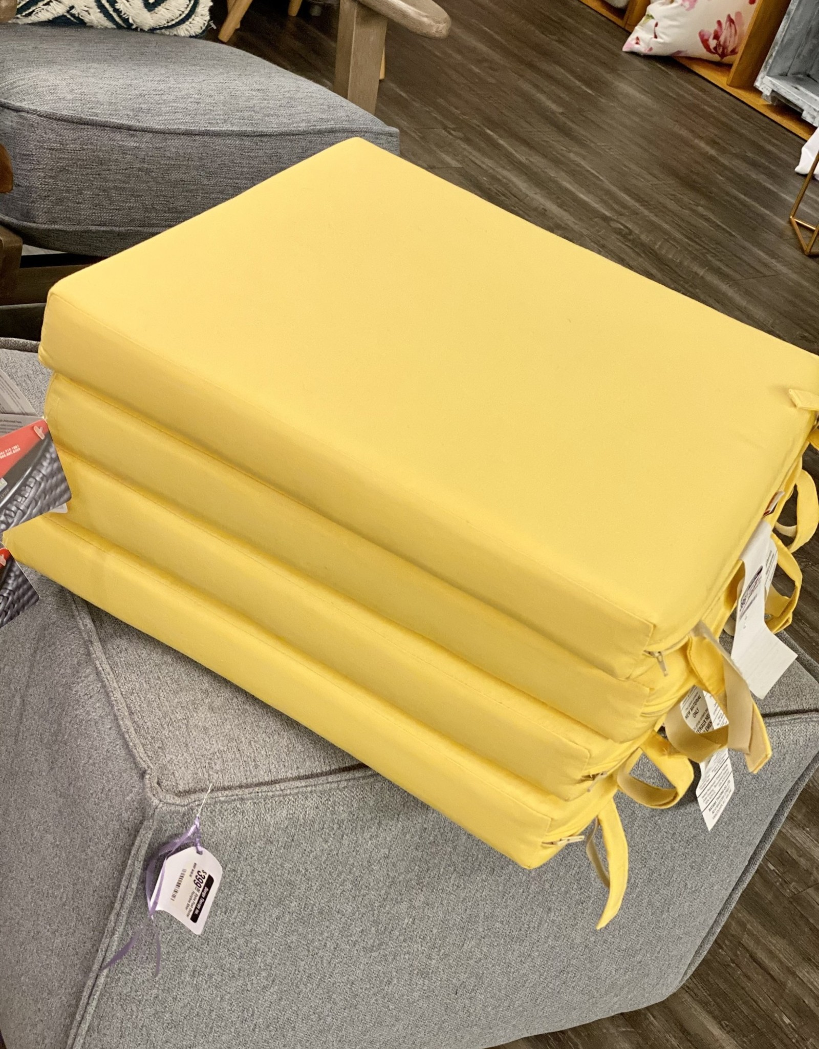 Ratana Cushions Ratana Outdoor Square FO5137 Canvas Buttercup S/4