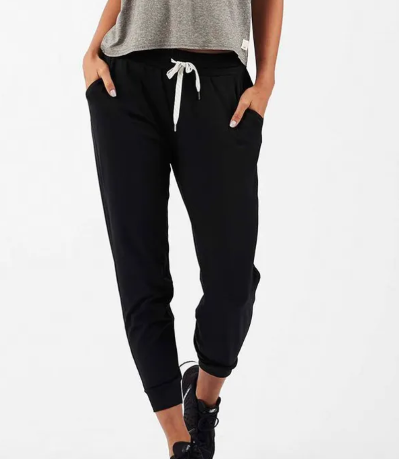 Women's Weekend Jogger Black-1
