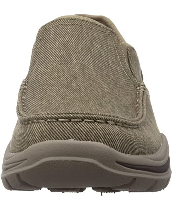 M ARCH FIT MOTLEY ROLENS SLIP ON