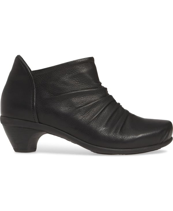 W ADVANCE ANKLE BOOT