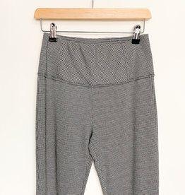 RD International Houndstooth Pull Up Pants