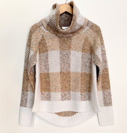 RD International RD Large Plaid TNeck Sweater