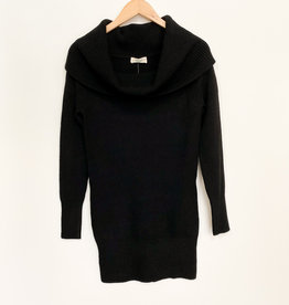 RD International RD Oversized Collar Sweater