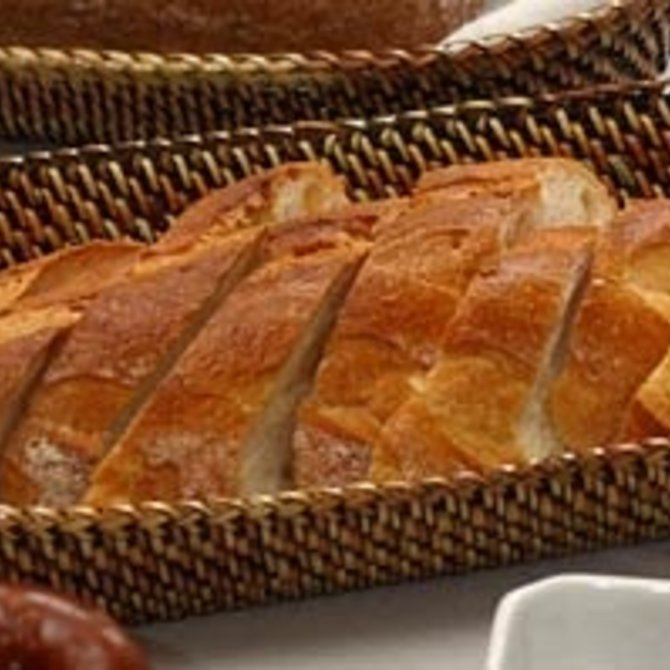 Calaisio Bread Baguette Basket with Edging, Medium