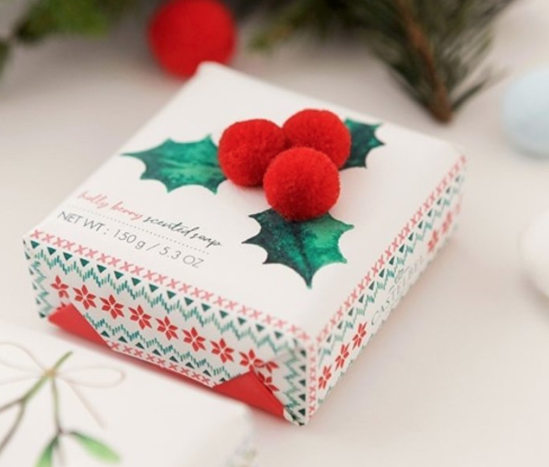 Casafina Living Pom Pom Holly Berry