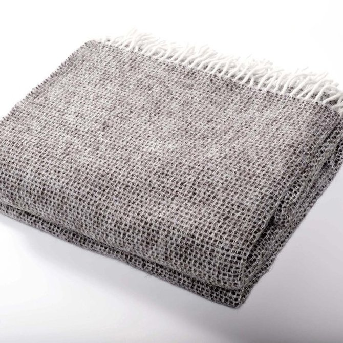 Harlow Henry Chalet Throw - Charcoal