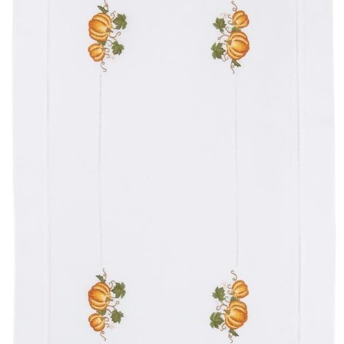 Henry Handwork Pumpkins Grande Runner 18 x 60