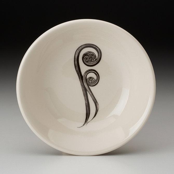 Laura Zindel Design Sauce Bowl - Fiddle Fern