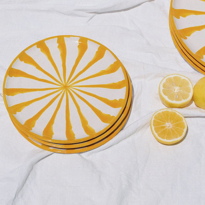 Pomelo Salad Plate Yellow